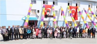 Çayırova'da 23 Nisan Kutlandı