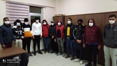 Darıca'da bir evde 13 kaçak göçmen yakalandı