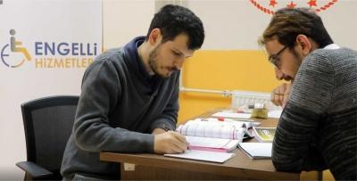 E-KPSS kursiyerlerine eğitim