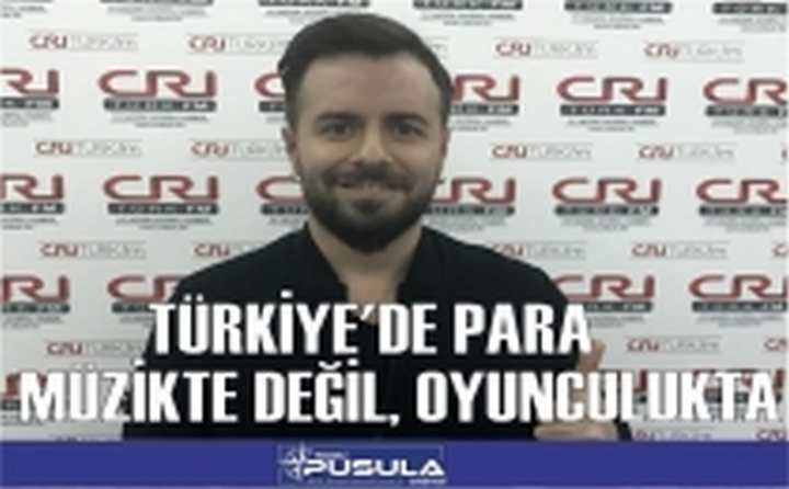 """Emre Aydın: """"Türkiye'de Para Müzikte Değil,Oyunculukta"""""""