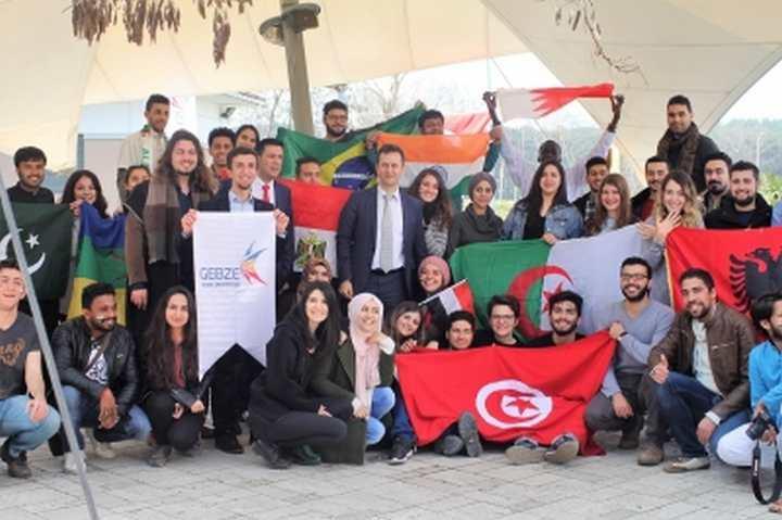 Farklı kültürler GTÜ' de bir arada