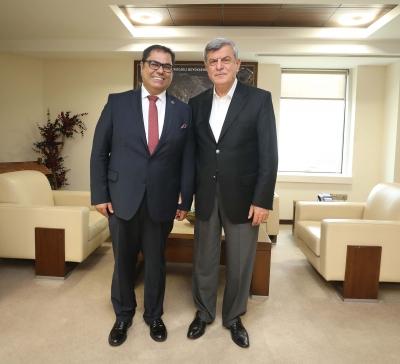 GTÜ Rektörü Aslan'dan, Başkan Karaosmanoğlu'na ziyaret