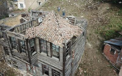 Hulusi Kentmen'in evini İzmit'e kazandırıyor