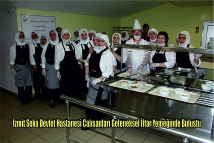İzmit Seka Devlet Hastanesi Çalışanları Geleneksel İftar Yemeğinde Buluştu