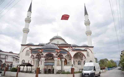 KARTEPE BELEDİYESİ CAMİLERİ İBADETE HAZIRLADI