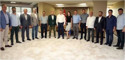 Kocaelispor yeni yönetimi Büyükakın'ın makamında