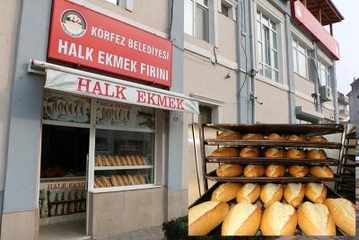 Körfez'de ekmekler paylaşılıyor