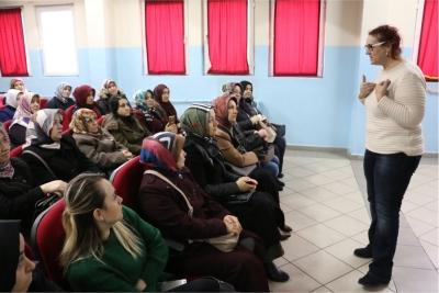 Körfez'de öğrenci ve velilere eğitim