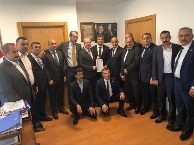 MHP'DEN SÜRPRİZ ADAY ''BAYRAK''