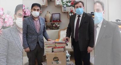 Milli Eğitim Müdürü'nden Şehitler Kütüphanesi'ne destek