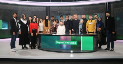 Misafir öğrenciler TRT World stüdyolarını ziyaret etti