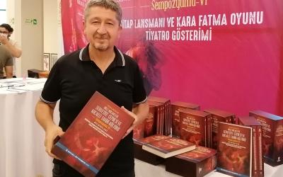 Rıdvan Şükür, Sempozyum kitabını teslim aldı