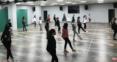 Sahne İzmit Halk Dansları eğitimleri başladı