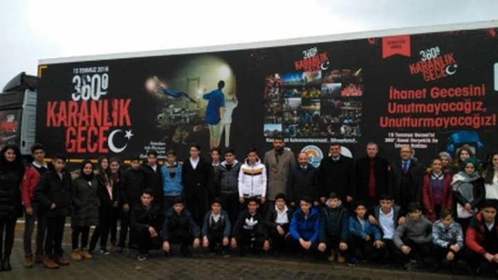 SANAL GERÇEKLİK TIRINI 1200 GENÇ ZİYARET ETTİ