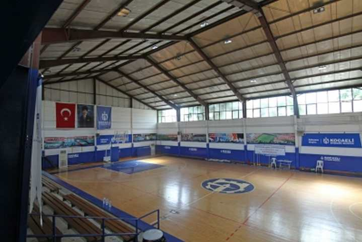 Seka 50. Yıl Spor Salonu yenilenecek