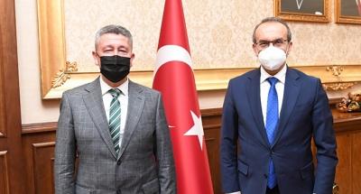 Tarihçi Rıdvan Şükür, Kocaeli valisini ziyaret etti