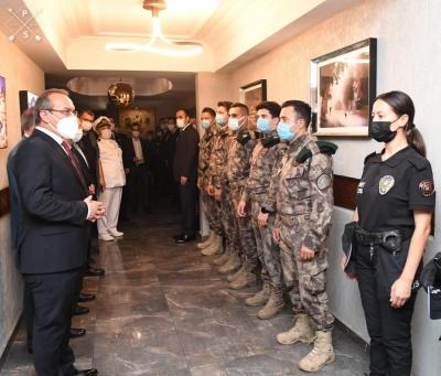 Vali Yavuz, Kurum Ziyaretlerinde Bayramı Kutladı