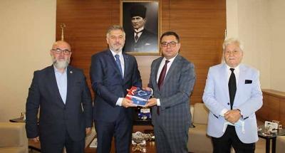 Yeniden Refah genel merkezi, Kocaeli ticaret odasını ziyaret etti
