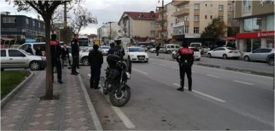 Yunus Polisler ve Trafik Ekipleri'nden sıkı denetim